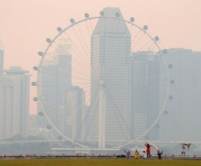 Singapore chokes on smoke from Indonesia's slash-and-burn fires